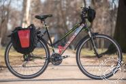 "Hybrid/trekking 28"" wheel bicycle with panniers -Praha Bike rent in Prague"